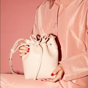 Mansur Gavriel saffiano mini mini bucket bag rosa